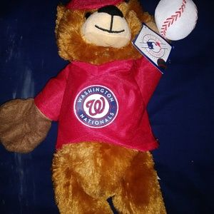 MLB tagged Wilson's teddy bear nwt